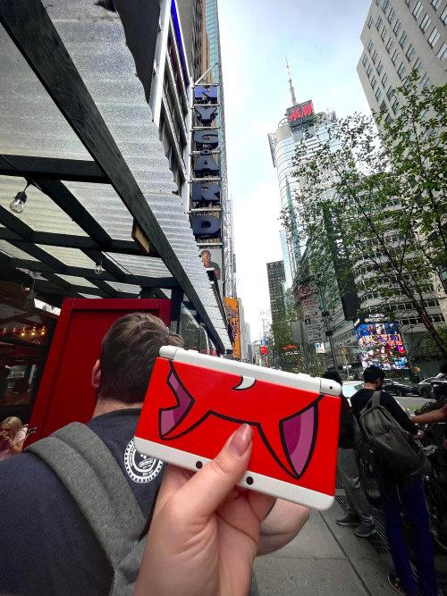 実験した人は、丸一日ニューヨークの街にいたものの、すれちがい通信は全く成立しなかったとのことです