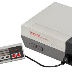海外版ファミコン「NES」が30周年の記念日を迎え、ソニーもお祝い