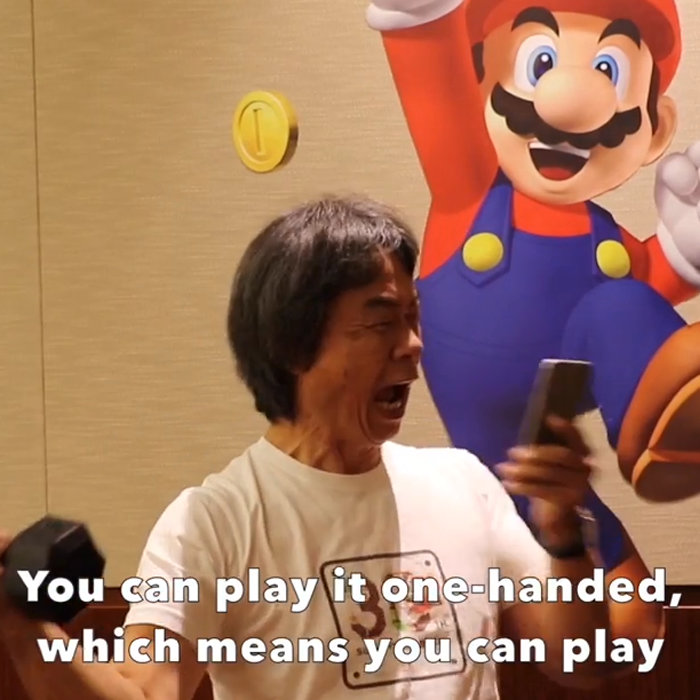 「スーパーマリオランはハンバーガーを食べながらプレイ出来る」宮本茂