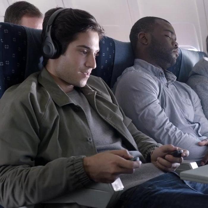 ニンテンドースイッチ、飛行機の中で、マジで0人説