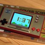 ゲーム&ウオッチ スーパーマリオブラザーズ、電池はジョイコンと同じ