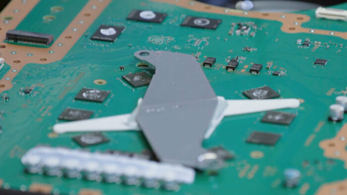 半導体の不足、ニンテンドースイッチは軽微、PS5は増産に影響